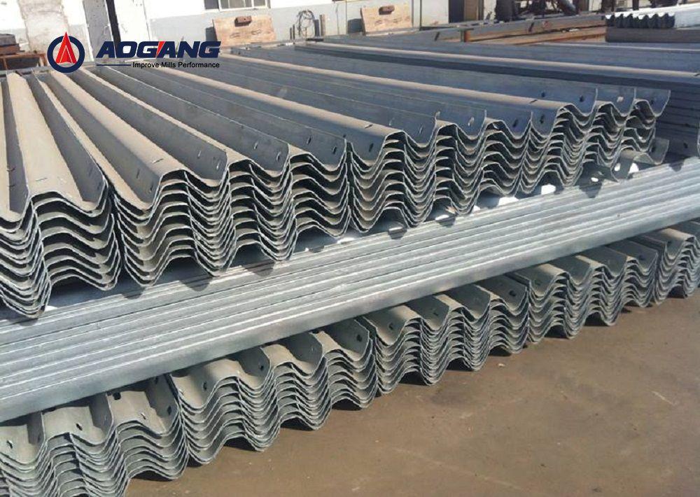 高速公路护栏板生产线